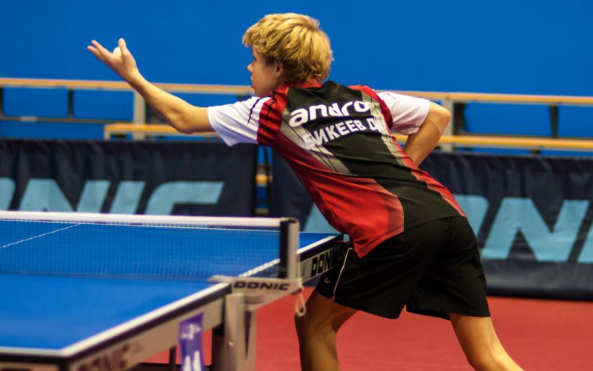 Comment jouer au tennis de table : guide du débutant